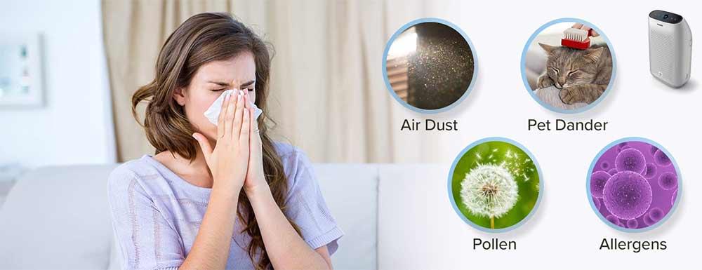 ragazza utilizza purificatore d'aria per allergie